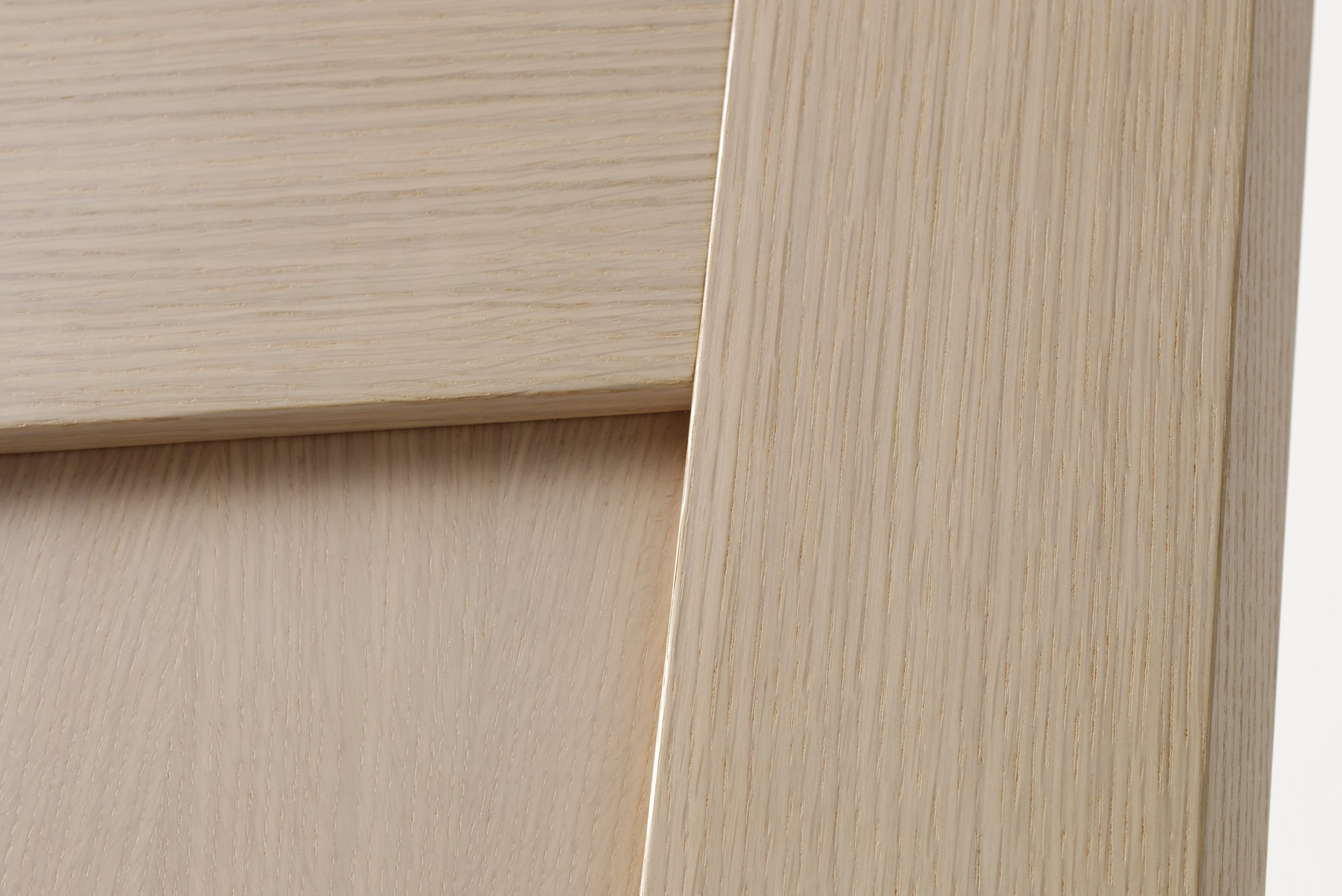 Unique-white-oak-close-3