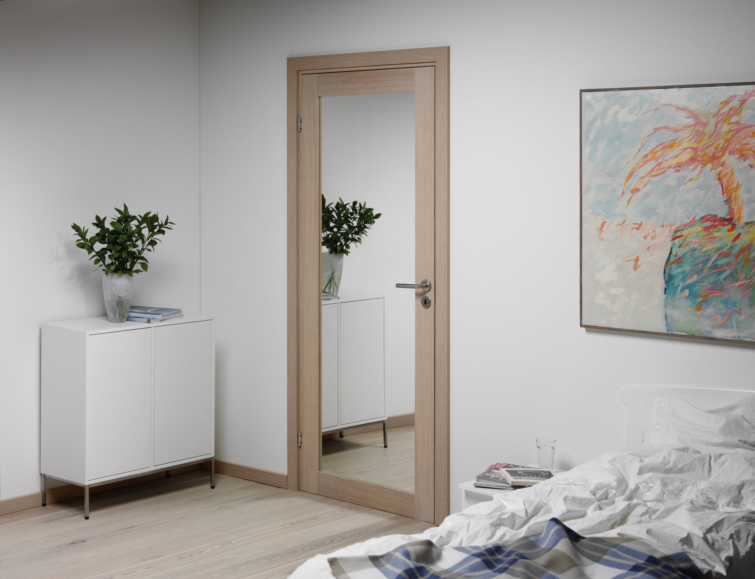 Unique-GW01L-mirror-white-oak-scenery